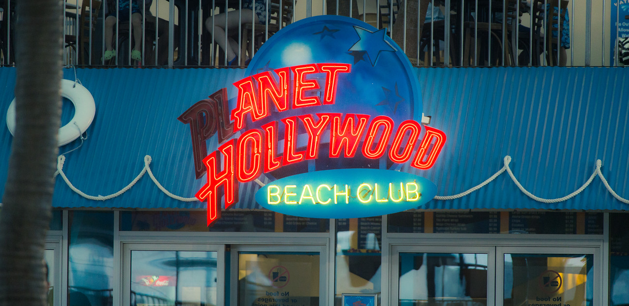 Anet Hollywood Beach Club